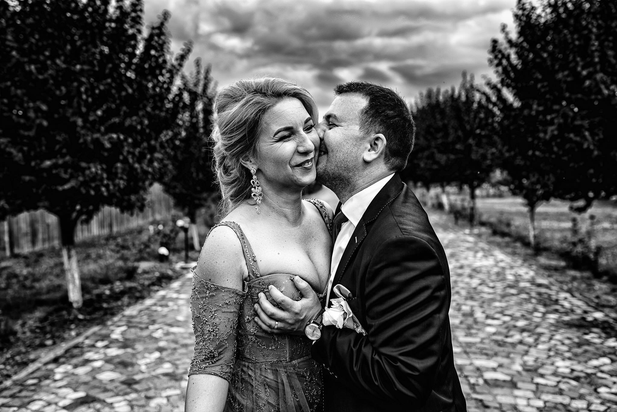 25 Anca si Septi – Nunta la Castel Haller