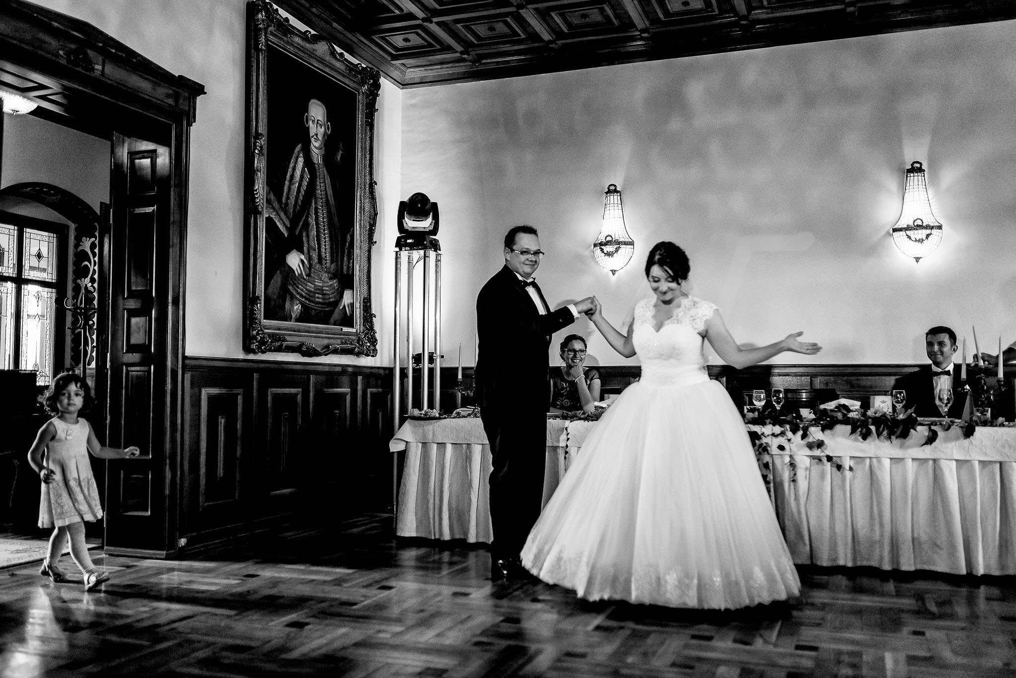 Corina si Jeno – Nunta Castel Haller38