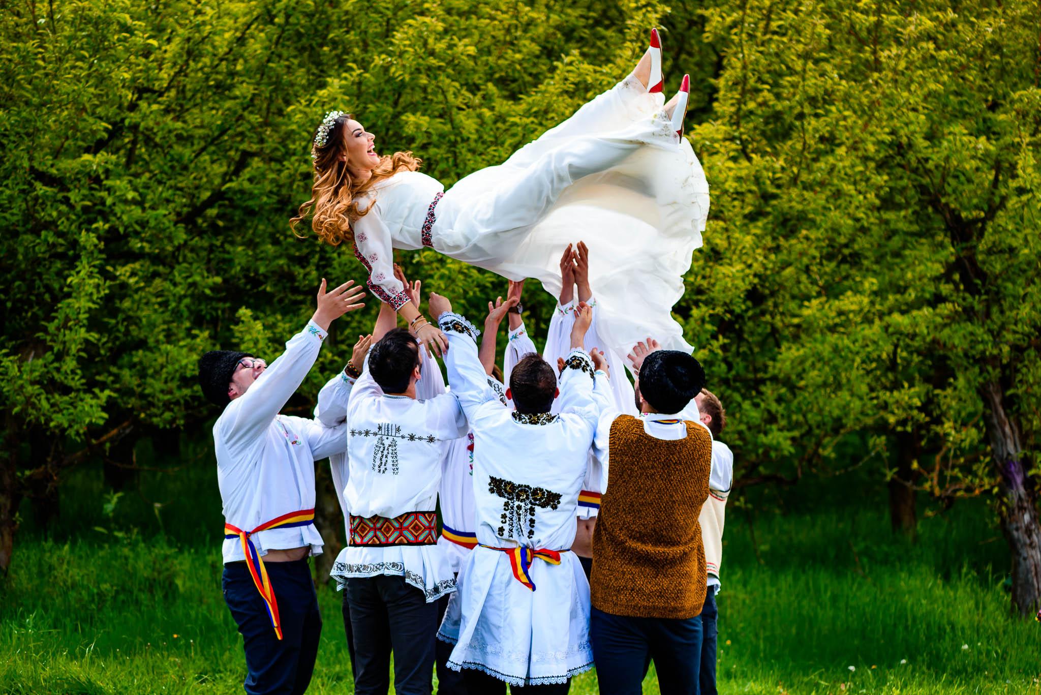 Ioana si Serban – Cununia Civila Traditionala 18