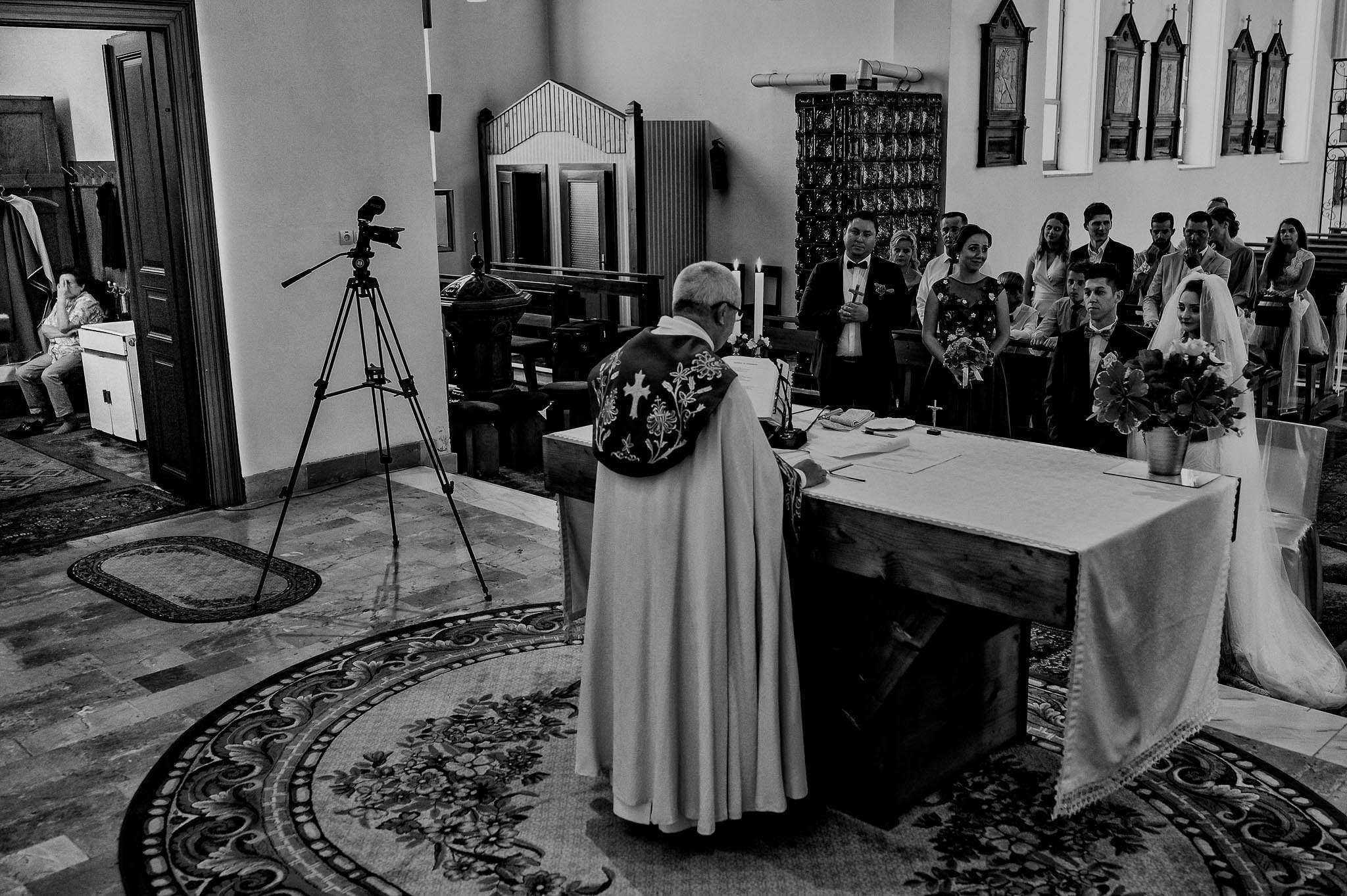 Sonya si Ionut – Fotografie de nunta Sighisoara (22)