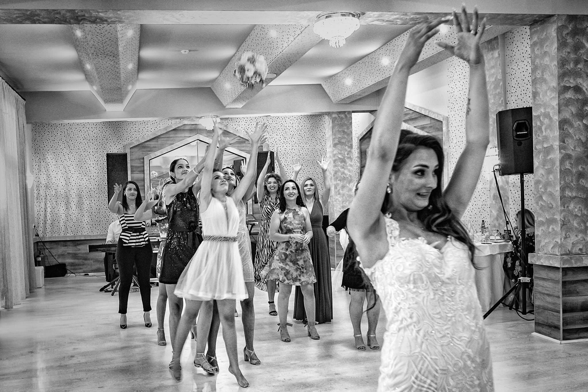 Sonya si Ionut – Fotografie de nunta Sighisoara (38)
